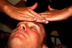 Cómo hacer masajes faciales