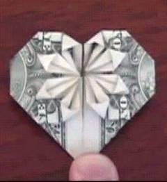Cómo hacer figuras en origami con un dólar